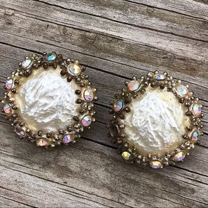Vintage large pearl and an crystal earrings